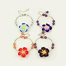 Bracelets avec perles en fleur